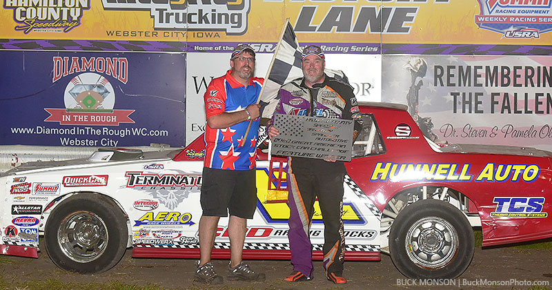 Mark Elliott won the Seneca Foundry USRA Stock Car main event.